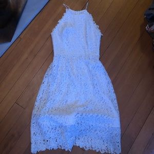 Worn once. hitherto white lace dress